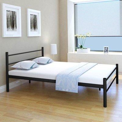 Bed met matras metaal zwart 140x200 cm